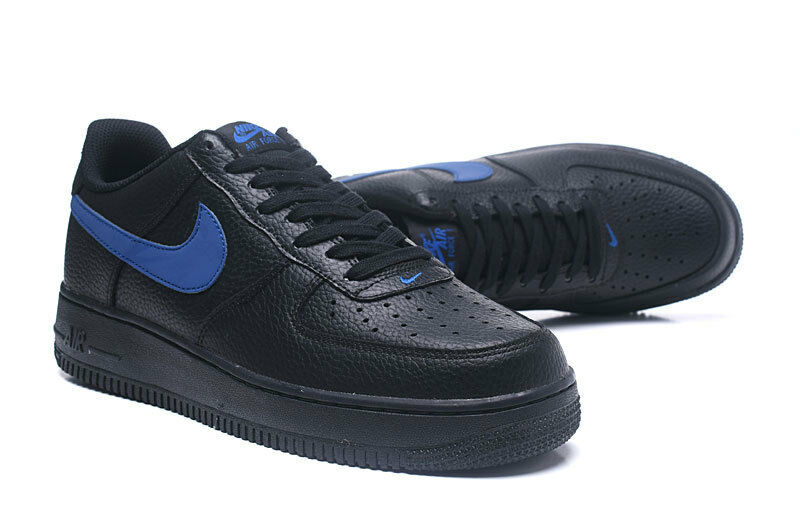 Nel riquadro nike air force nero 1 '07