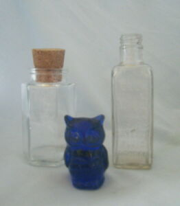 2-Bottles-1-Cork-Lid-Day-Son-amp-Hewitts-Gaseous-Fluid-Small-Blue-Owl-ap-H-2-034
