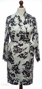 08b06486e9d Ex-M S Ivory   Black Floral Satin lace Trim Dressing Gown Wrap Robe ...