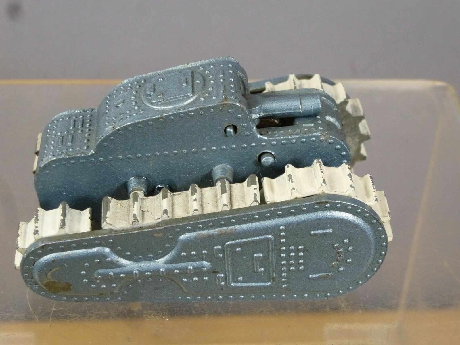 VINTAGE  MODEL No.XXX   BATTLE TANK   MEGA RARE