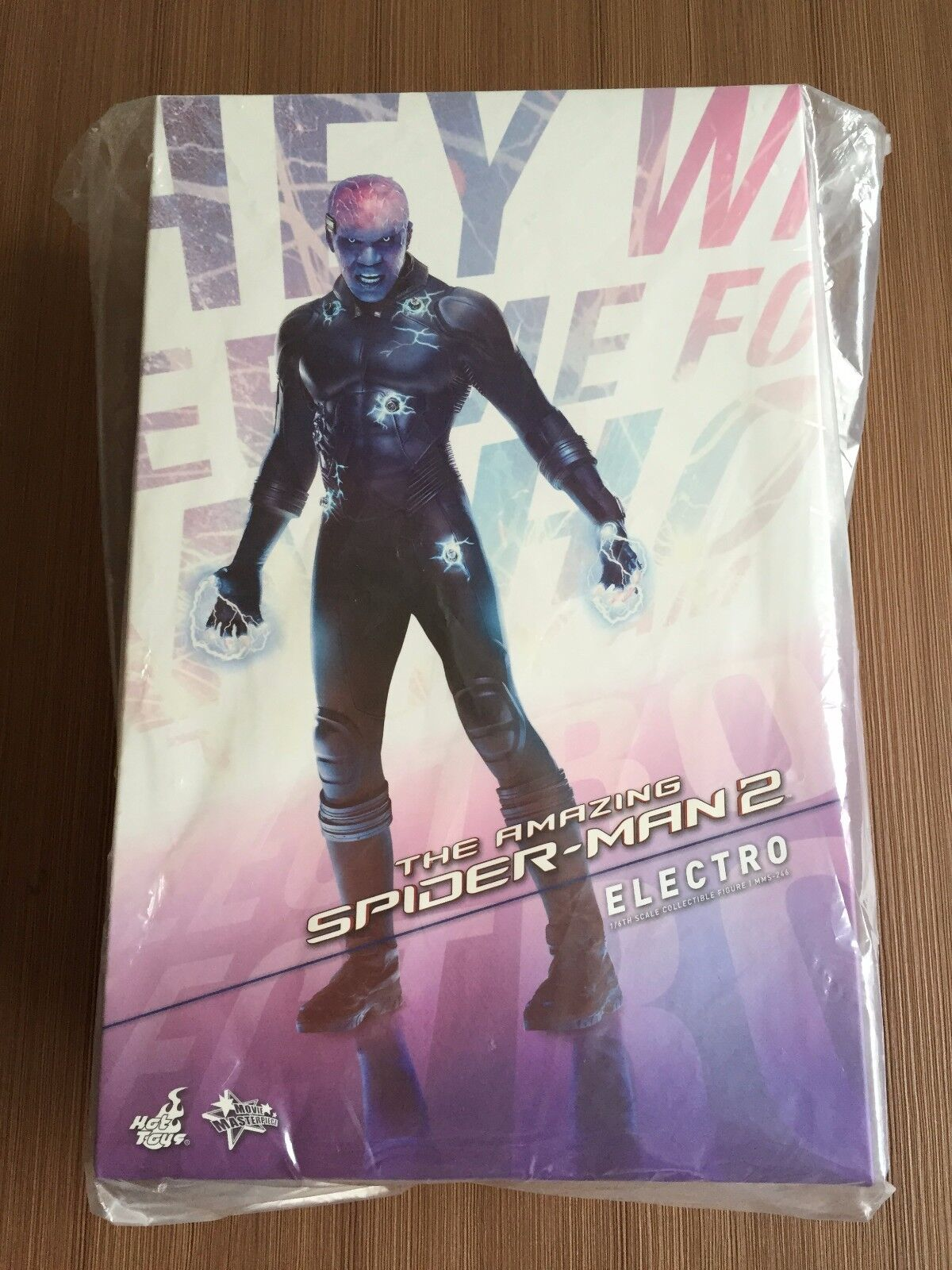 Hot Toys MMS 246 Spiderman Spider-Man 2 Electro 12 inch Action Figure NEW