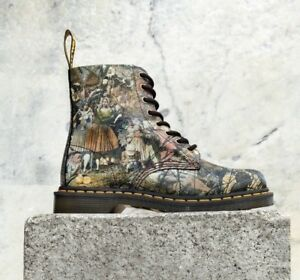 3dd61160bc0 DR. MARTENS X RICHARD DADD X TATE BRITAIN PASCAL CRISTAL SUEDE BOOTS ...