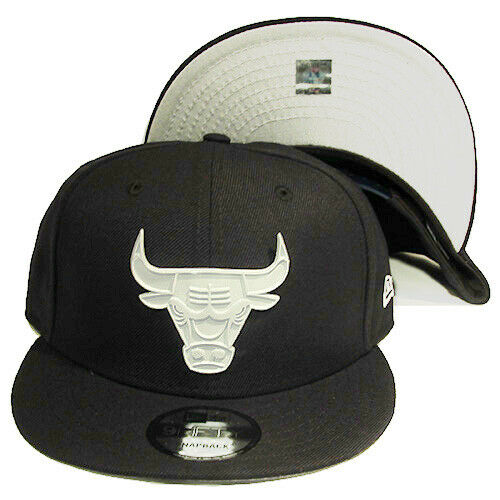 New Era Chicago Bulls Navy Blue Snapback Hat White Metal Badge Front Logo Cap