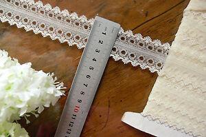 Floral-Dbl-Ribbon-3mm-Thread-Lace-SOFT-LEMON-CREAM-Fine-35mmWide-7-8-Metres-Flt6