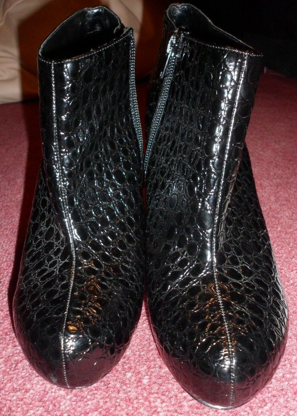 DOROTHY PERKINS BLACK SHOE  BOOTS SIZE 7 PRE LOVED