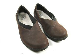 Clarks-Cloudsteppers-Womens-Brown-Slip-On-Comfort-Flats-Size-US-8-M