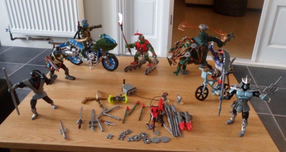 Teenage Mutant Ninja Turtles Bundle Figures Vehicles & Weapons Helicopter