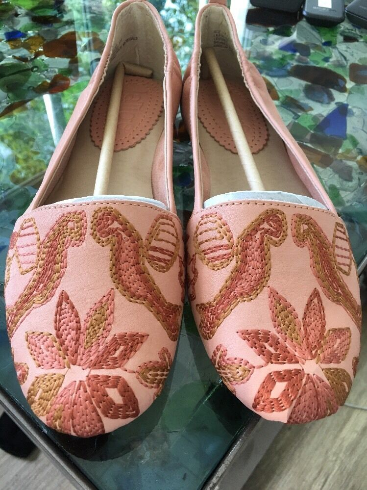 Anthropologie NWB LATIGO  Cordelia  Embroiderouge Ballet Ballet Ballet chaussures 7 Beige bleush 705df1