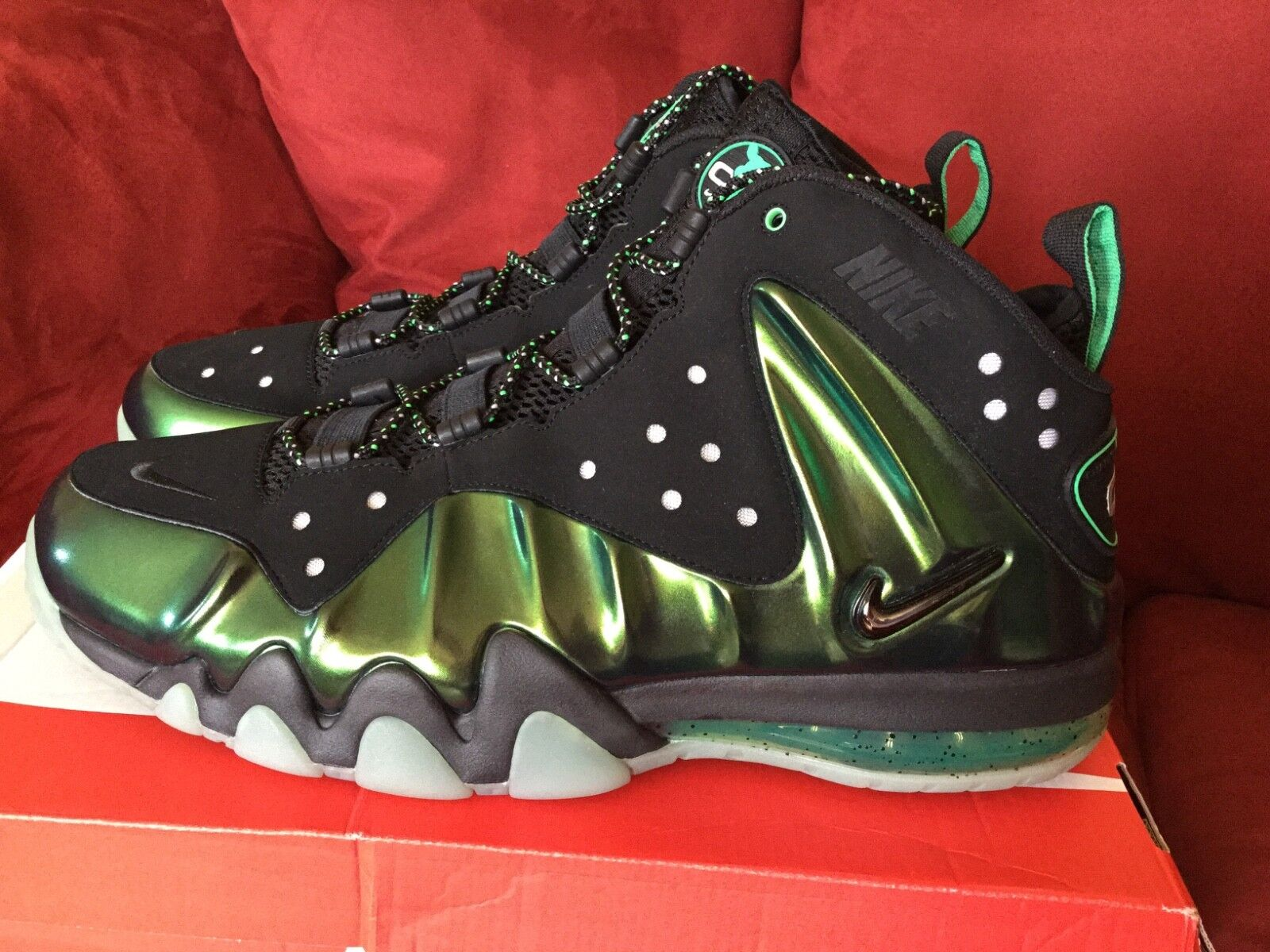 Brand New  Nike Barkley Posite Max Gamma Green Size 15  Never Worn  2013