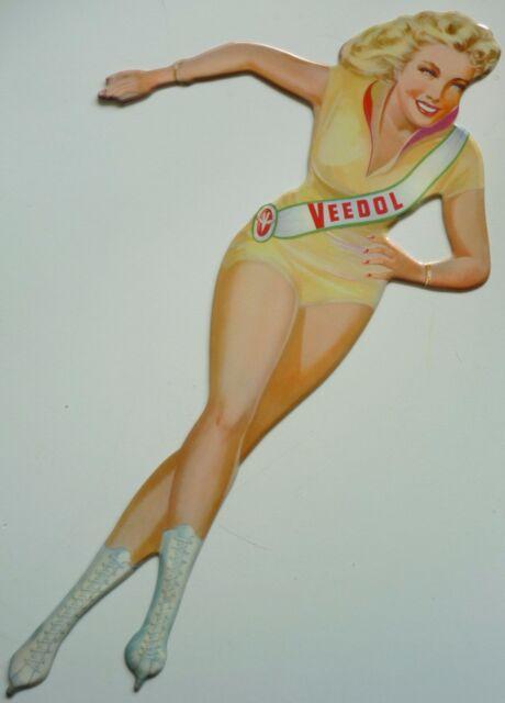 Pin-Up Cut-Out Veedol Eisläuferin mit Schärpe ca 24x13cm Blechschild Frau Öl G