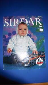 Vintage-Knitting-Pattern-Sirdar-Infants-Hooded-Sweater-20-22-3249