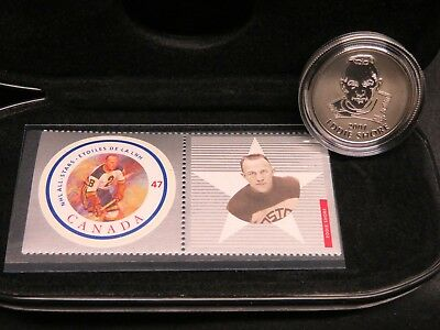 Boston Eddie Shore 2001 CANADA MINT STAMP AND MEDALLION SET MINT IN CASE