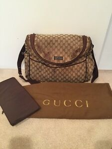 f11d36699ad AUTHENTIC DESIGNER GUCCI BABY DIAPER BAG GG BROWN W CHANGING PAD ...