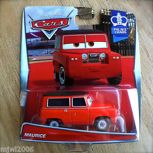 Disney-PIXAR-Cars-MAURICE-diecast-NEW-2015-PALACE-CHAOS-theme-1-7-RED-LANDROVER