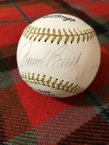 Johnny-Bench-Cincinnati-Reds-AUTO-Autographed-GOLD-GLOVE-BASEBALL-68-77-PSA-DNA