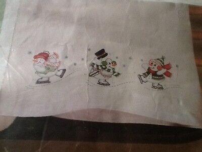 Embroidery Kit Design Works Tobin Skating Snowmen PILLOWCASE PAIR      #11B2