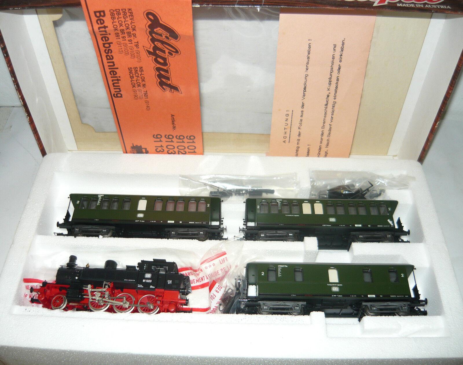 Liliput 803, Steam Locomotive 91 1323+3x2. - KL. - pers. W. the DB, Epoch III, H0, neu&ovp