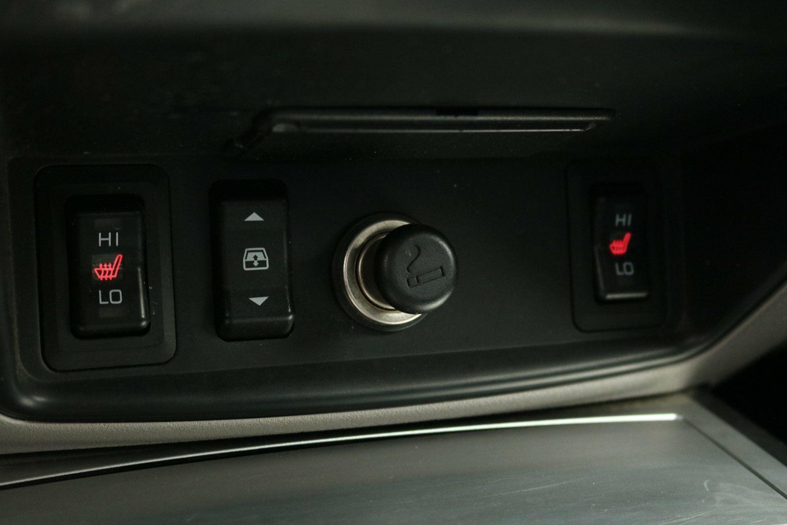 Mitsubishi L200 DI-D Db.Cab Intense aut.