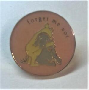 Disney-Michel-amp-Co-Winnie-the-Pooh-Hugging-Eeyore-Forget-Me-Not-Pin