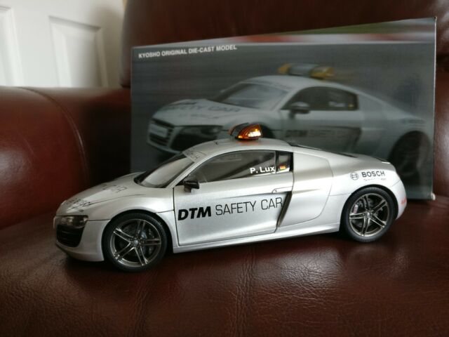 KYOSHO AUDI R8 5.2 V10 QUATTRO DTM GERMAN TOURING SAFETY CAR 2010 SILVER 1/18