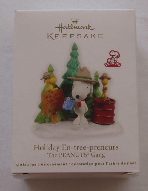 Hallmark 2011 Snoopy Woodstock Peanuts Beagle Scout En-tree-preneurs Ornament