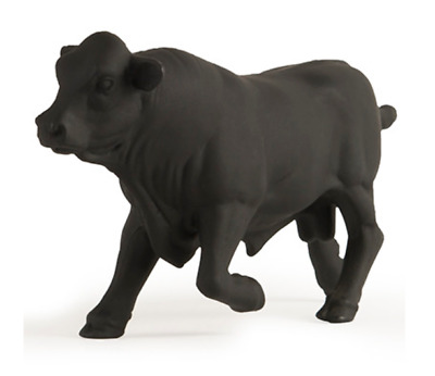 John Deere 1//32 Angus Bull Figure #LP65105