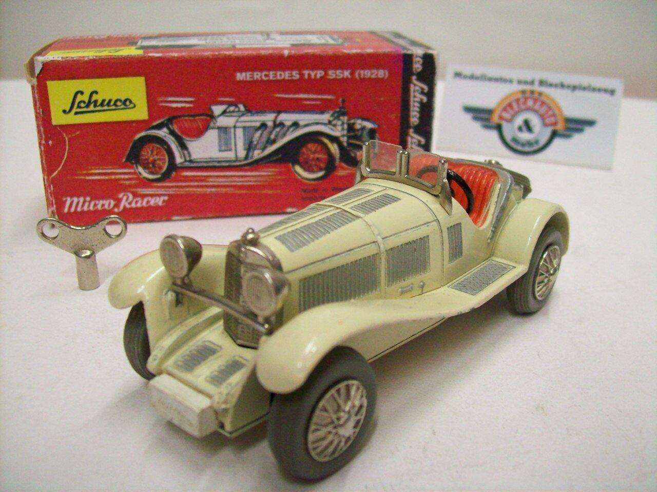 Mercedes TYPE SSK, 1928, Cream,  Original  Schuco Micro Racer 1043 1