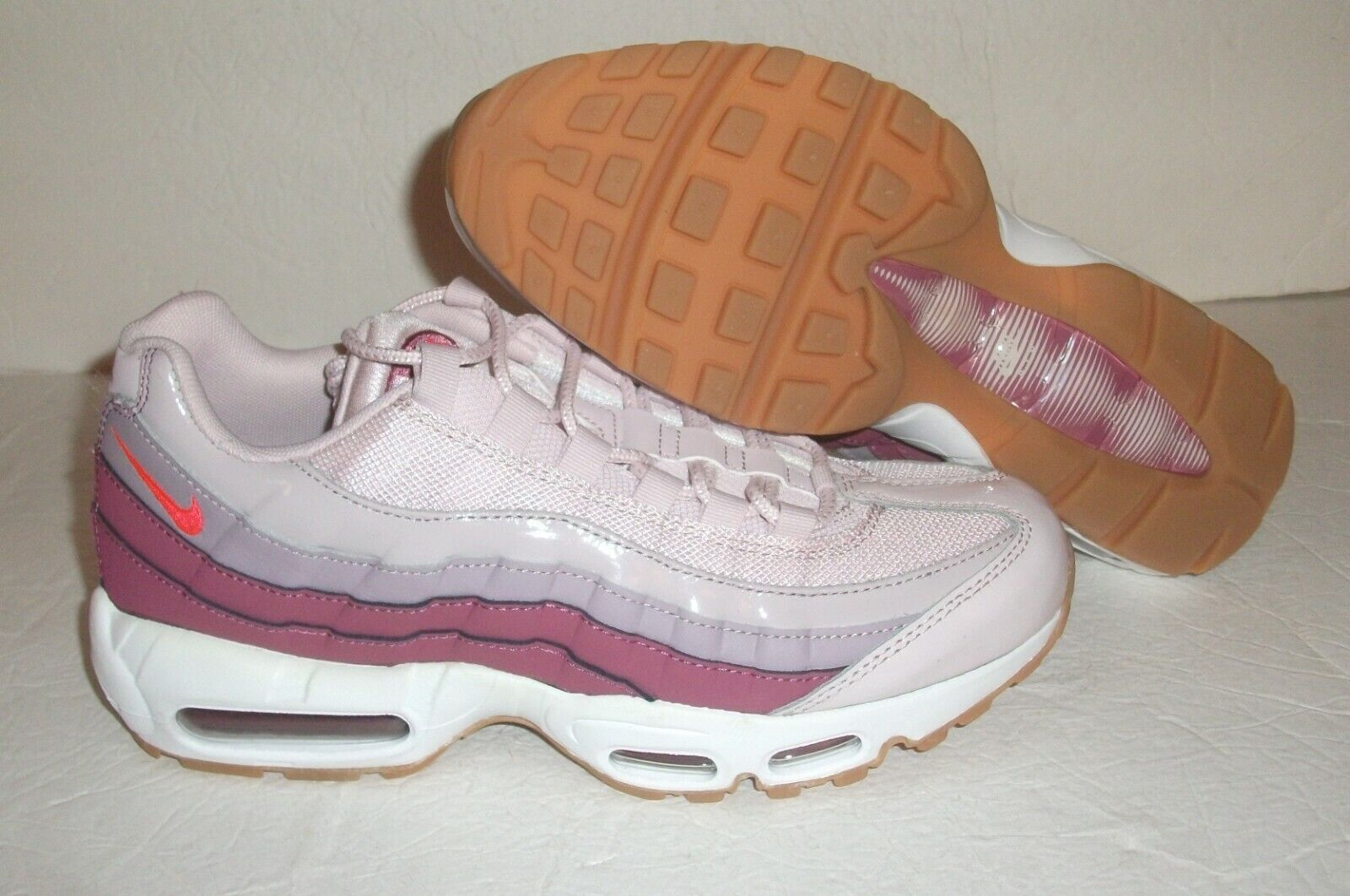 New Nike Air Max 95 Running, Women's Size 10, Barely pink Wine, 307960-603