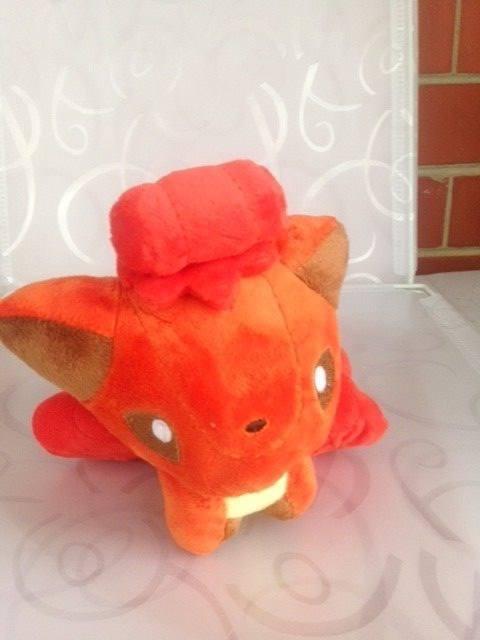 Vulpix Pokemon   15cm