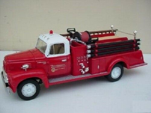 First Gear R190 200 Pumper Pumper Pumper Texaco Star Port Arthur Refinery 1 34th Scale 18-1742 c9b541