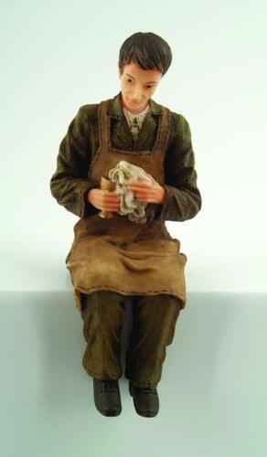 Muñeca Butler Pulido la cristalería-Resina 12TH Escala Figura De Casa De Muñecas
