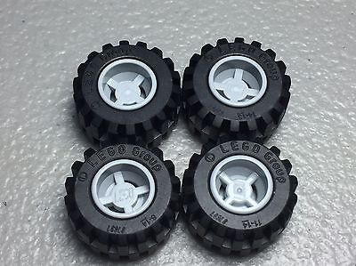 LEGO Light Bluish Gray Wheel 11mm D x 12mm Hole Notched Lot of 100 Parts Pieces