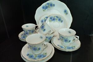 Vintage-China-Tea-Set-Blue-Floral-Pretty-Queen-Anne