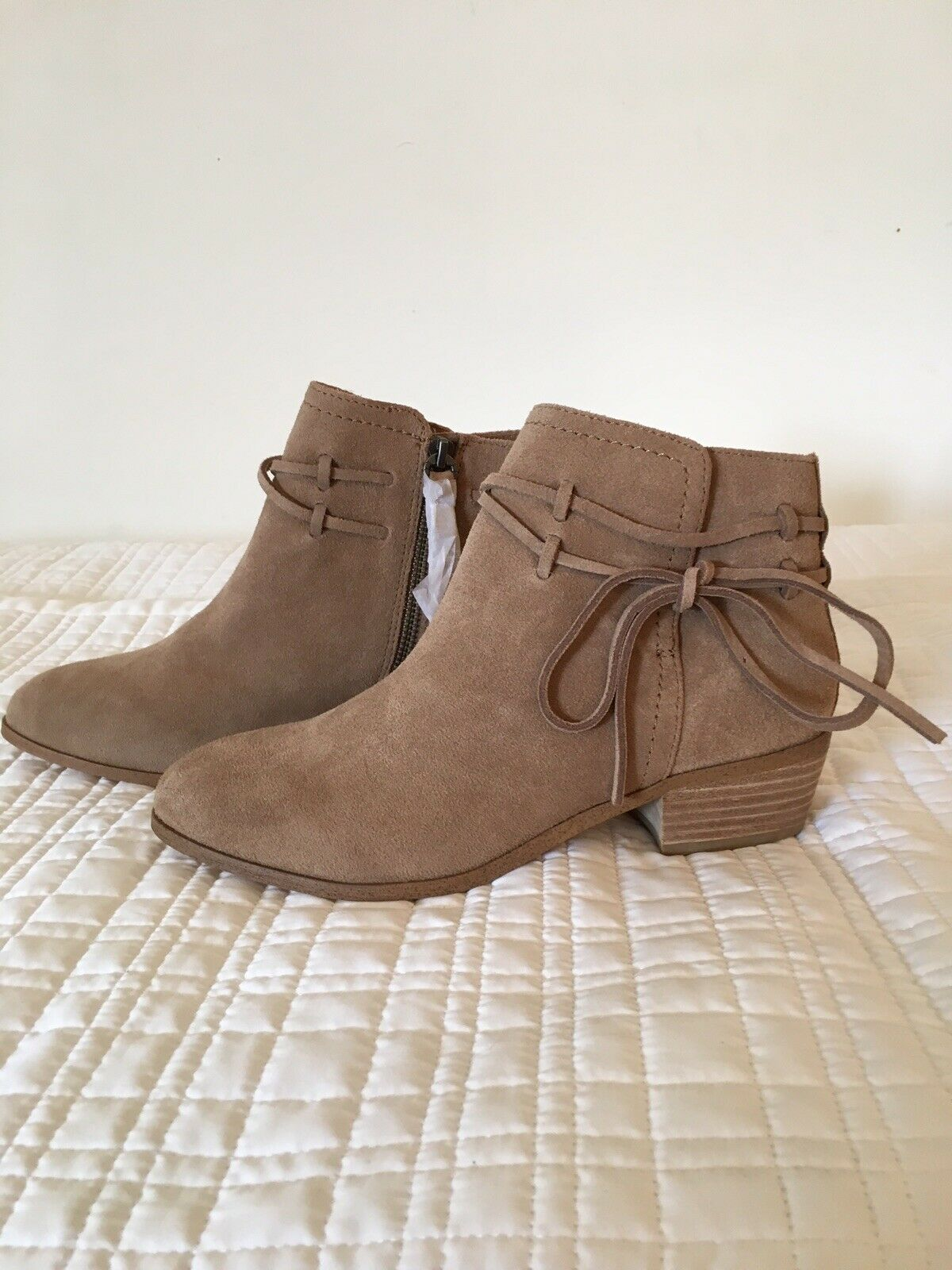 Splendid Womens Size 7 Rhoda Suede Ankle Booties Brand New