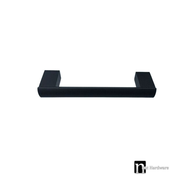 One Kitchen Cupboard Door/ Drawer Handle (96mm) – Matt Black Handles (1029MB)