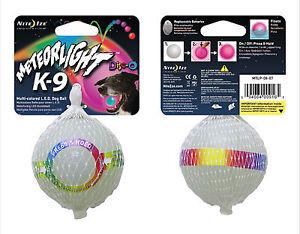 Nite-Ize-Meteorlight-K-9-Palla-per-cani-con-LED-multicolore