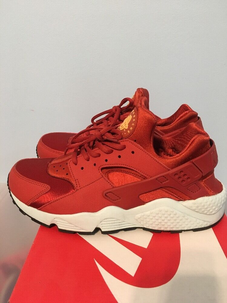 Nike Air Huaraches Run WMNS 9 Size 10.5 Men Size 9 WMNS e534af