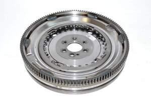 VW-Golf-6-Var-09-14-Schwungrad-Schwungscheibe-fuer-DSG-Automatikgetriebe