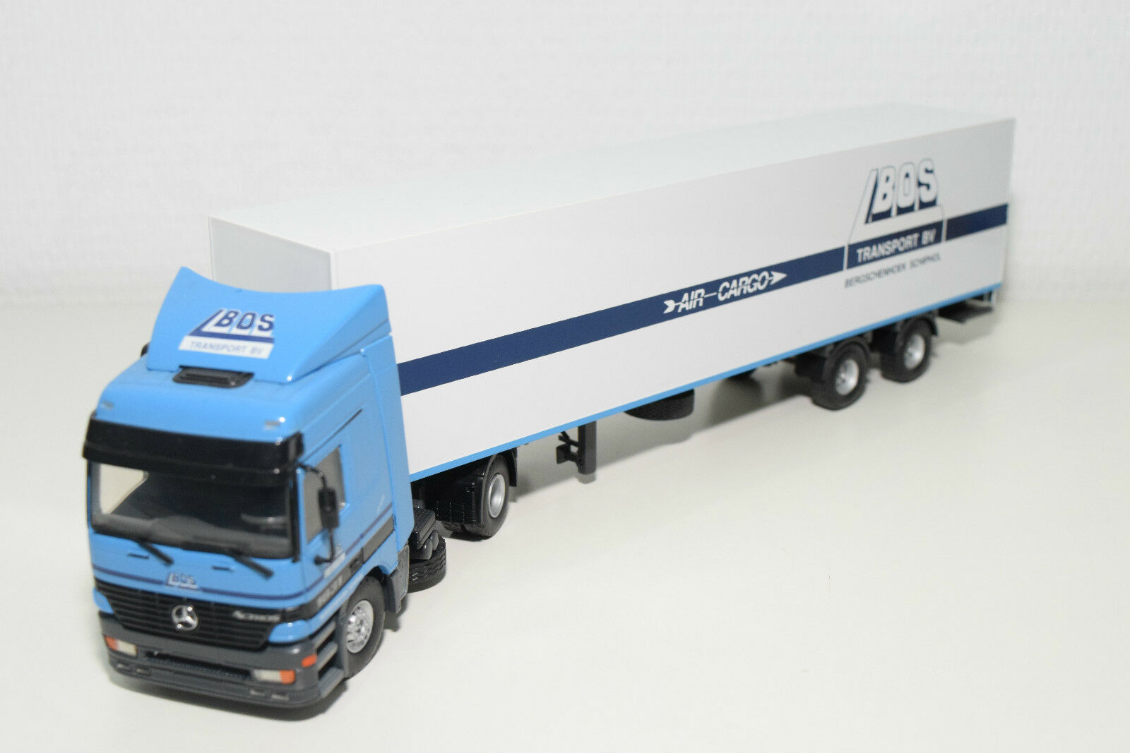 TEKNO MERCEDES BENZ ACTROS L BOS AIR CARGO TRUCK WITH TRAILER N MINT CONDITION