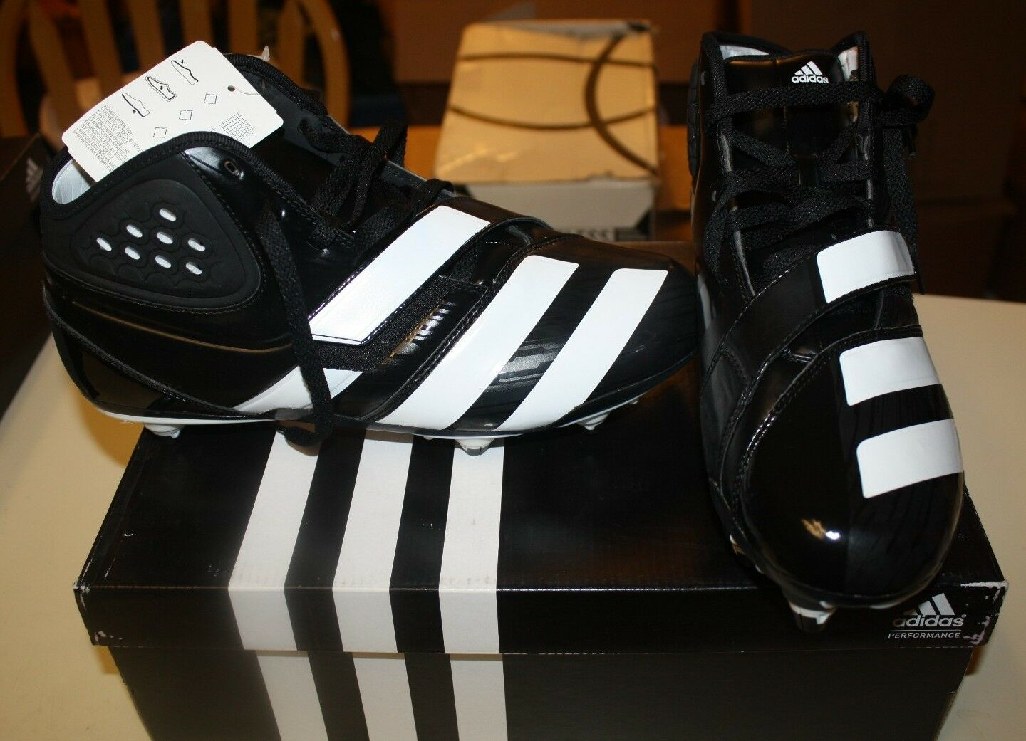 ADIDAS MALICE D SHOES SIZE MENS 9.5 BLACK WHITE FREE SHIPPING NEW IN BOX