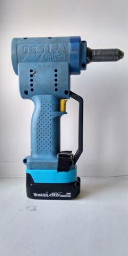 Makita Gesipa adapter for 14.4v Li-Ion bateries blue