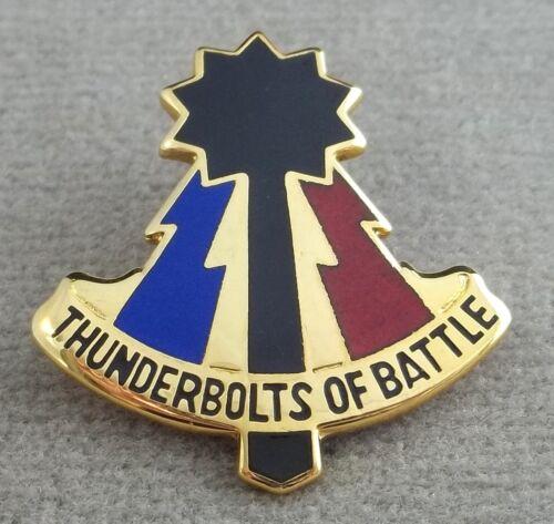 US Army 194th Armored Brigade Unit Crest Insignia D 22 Clutchback