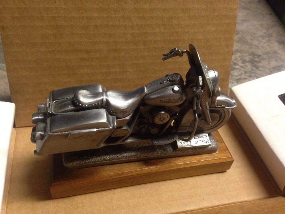 NIB 1995 Harley Roadking Pewter Replica  3987of 7000 Limited Edition