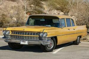1964-Cadillac-Fleetwood-Series-75