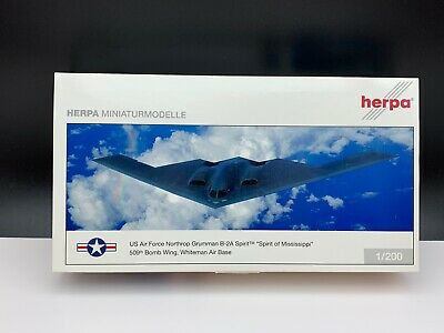 Nie ausgepackt Herpa Flugzeug 553506 Miniaturmodelle Flugzeug 1//200 Top