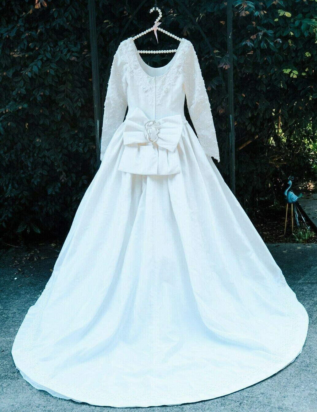 Wedding Dress by Demetrios, pale cream off white silk size 6 RN 78559