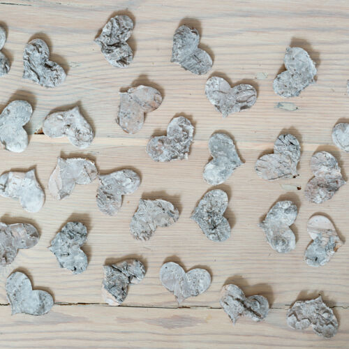 Box of 30 Natural Birch Bark Table Scatter Small Hearts Wedding /& Entertainment