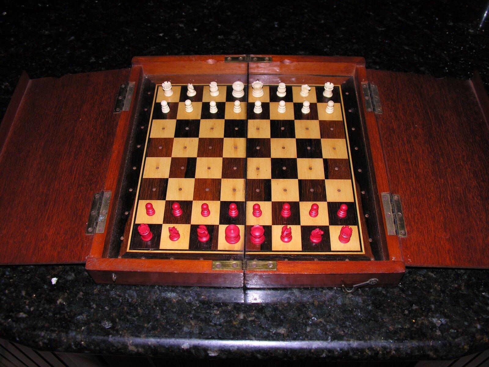 05943  gran Jaques tipo Whittington viaje juego de ajedrez C. 1890
