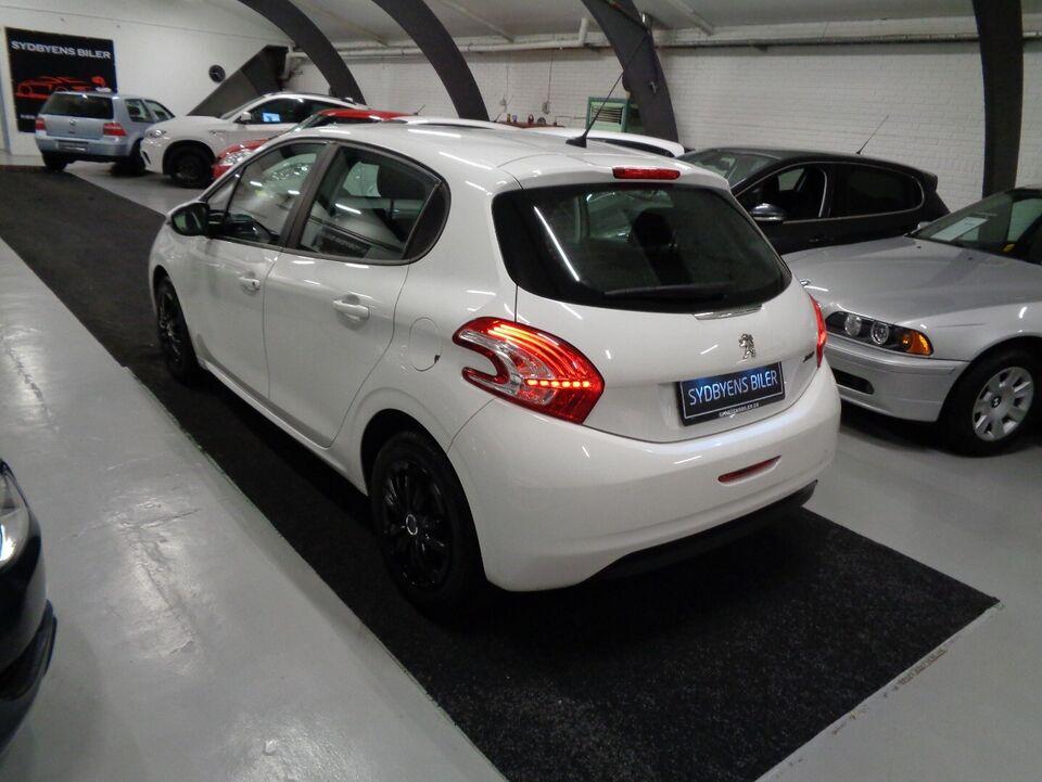 Peugeot 208 1,2 VTi 82 Active Benzin modelår 2015 km 82000