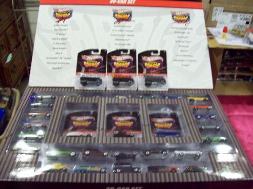 2010  HW 30 Car Wal Mart Chase Car Set Plus 3 T1 Buses